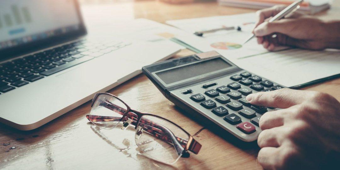 Benefit in Kind i Trivial Benefit – konsekwencje podatkowe dla dyrektora oraz spółki ltd